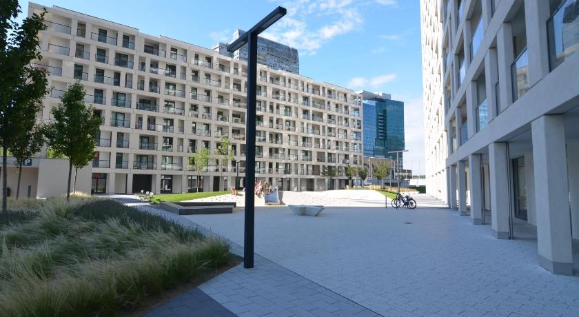 Donau city strasse apartment book online bed