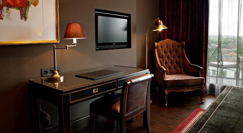 Hotel Castillo de Gorraiz Golf & Spa 14