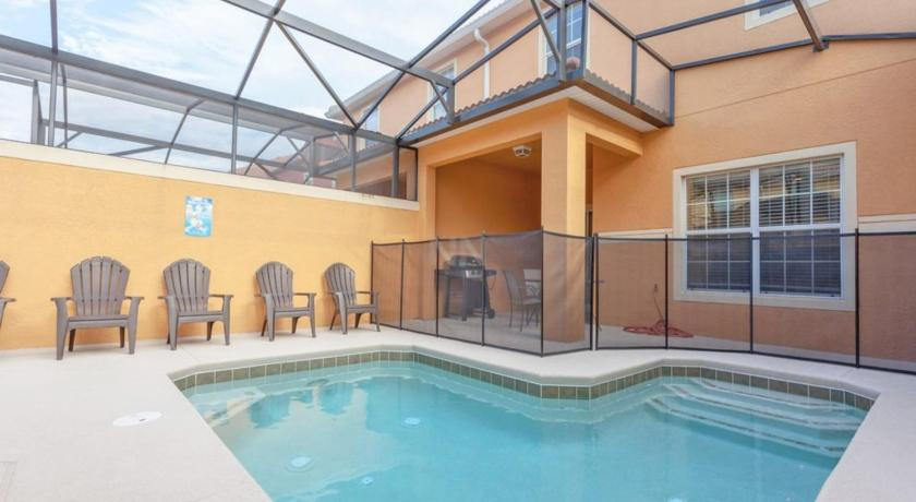 Paradise Palms Townhome 1647