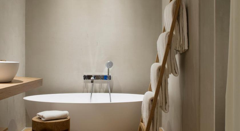 hoteles con encanto en peralada  40