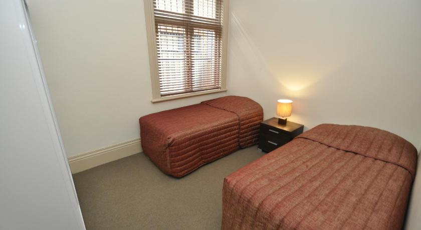 Two-Bedroom Apartment - Guestroom Randwick Self-Contained Two-Bedroom Apartment (330HG)
