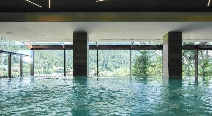Swimming pool Hotel Il Cervo SPA & Wellness