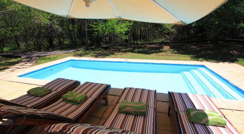 Piscina Jacana Lodge