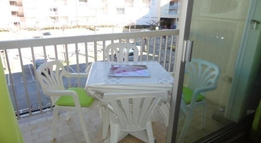 Studio Rental Apartment Los Amigos 1