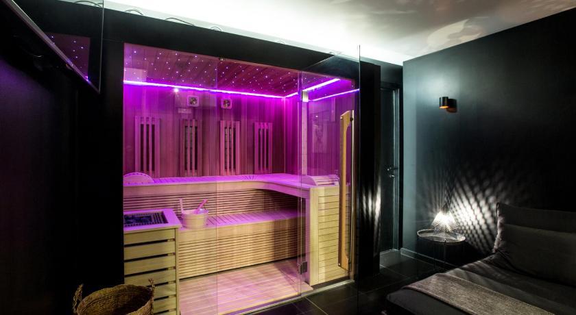 chambre avec jacuzzi sauna privatif - Brüssel ...