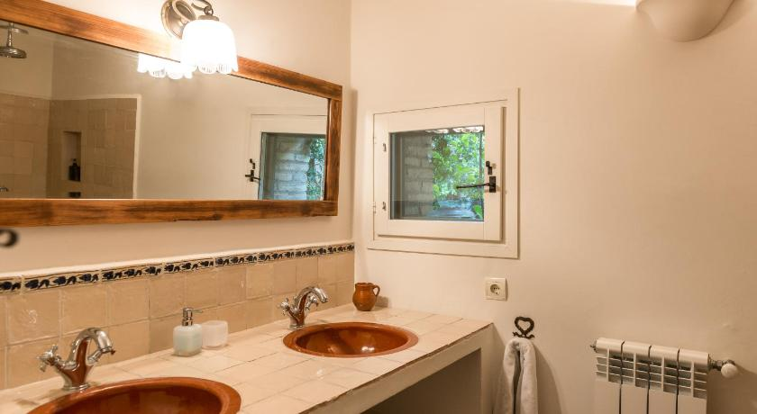 boutique hotels in girona  216