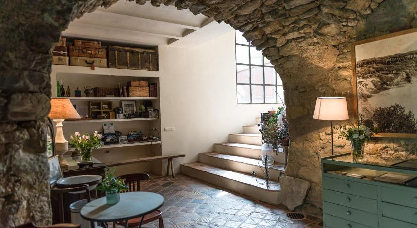 boutique hotels in girona  240