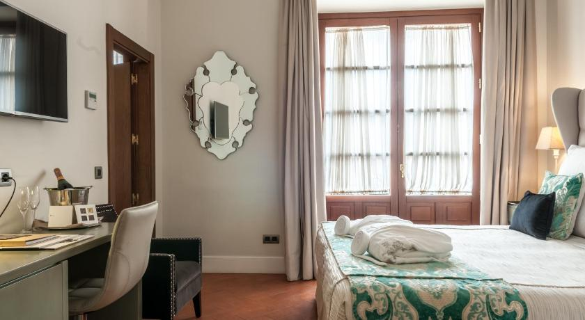 boutique hotels sevilla  340