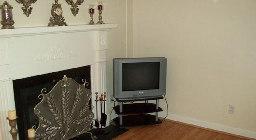 צפו בכל 13 התמונות River Road Condo in the Heart of Gatlinburg (Unit 215)
