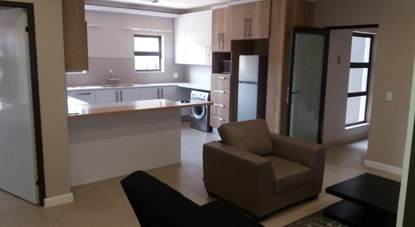 Discovery Riverlets Apartment