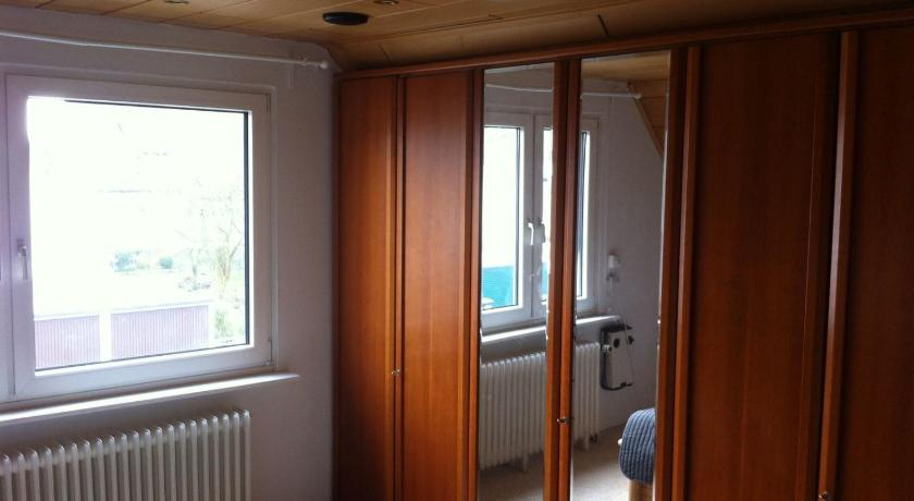 Two-Bedroom Apartment Messezimmer Hannover Sarstedt - room agency