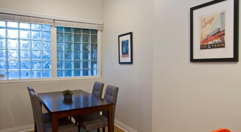 Two-Bedroom on W Division Street Apt 1R