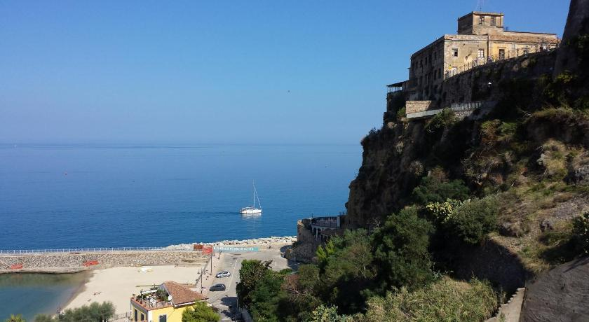 Best Price on Residenza Le Terrazze in Pizzo + Reviews!