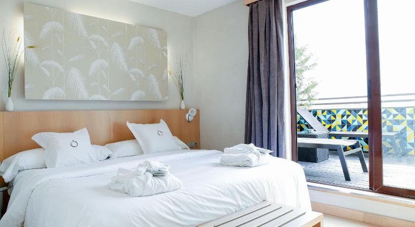Hotel Opera-8738903