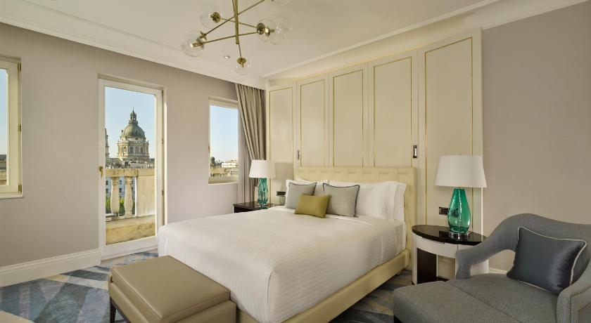 The Ritz-Carlton Budapest - brand new luxury hotel