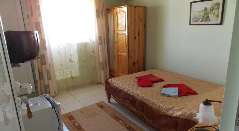Double Room with Sea View - Guestroom Guest House Paskal