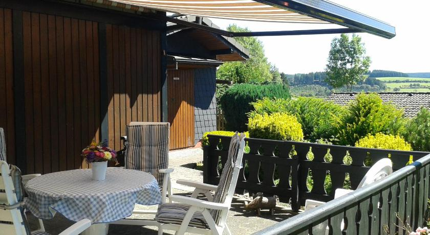 Balcony/terrace Woodland Lodge Winterberg