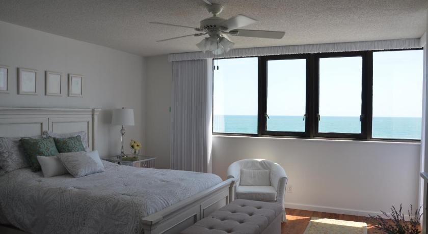 Oceanfront Condo On Daytona Beach