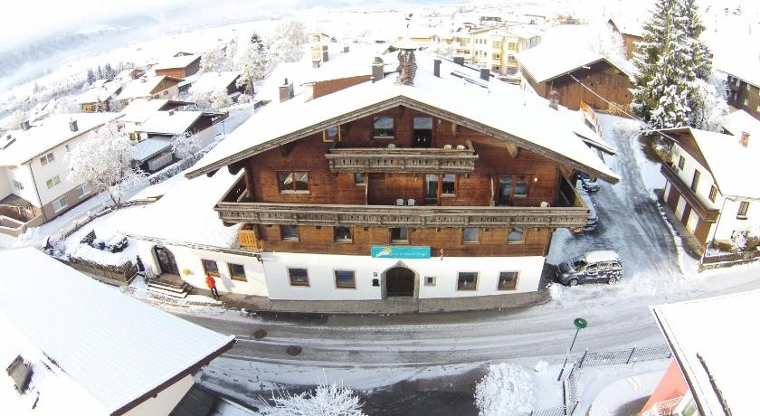 More about Chalet Sonnentanz