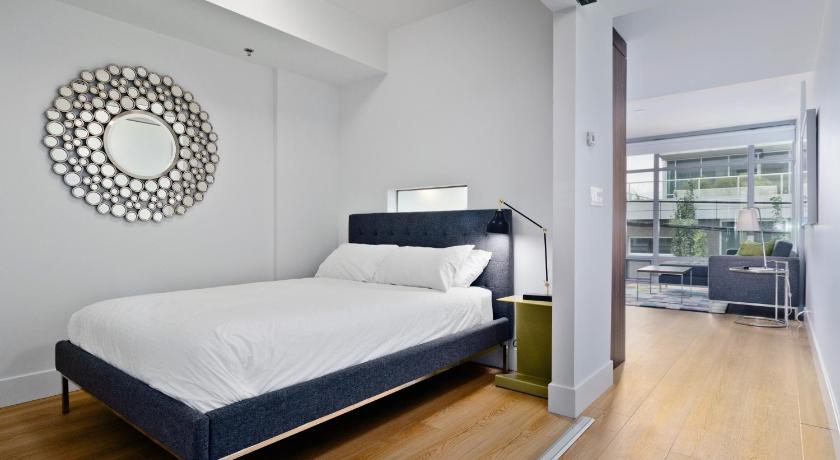 One-Bedroom Apartment Ostays Condos - Lido in Kensington