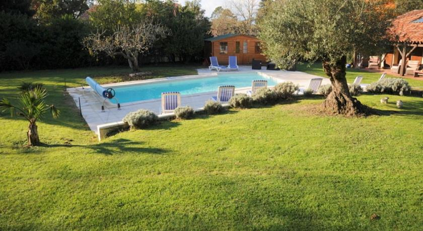 Swimming pool Bergerie Sud Landes