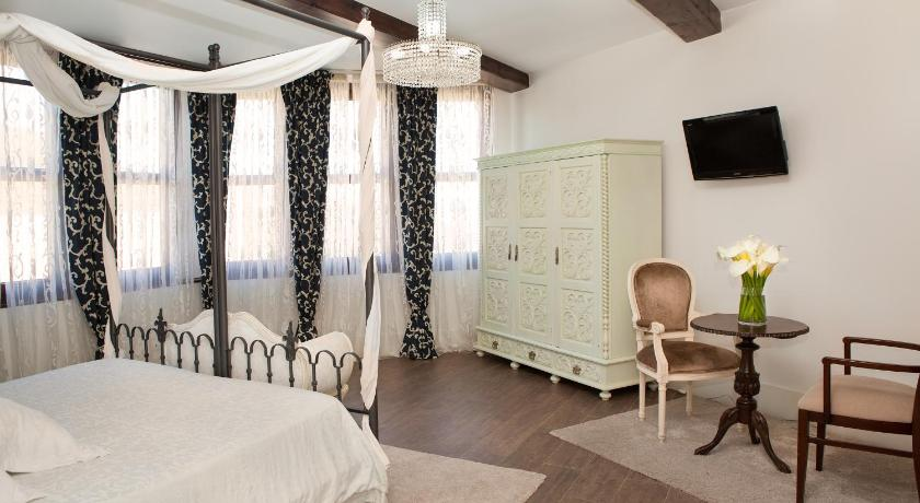 Hotel Rústico Y Apartamentos A Torre De Laxe-9315989