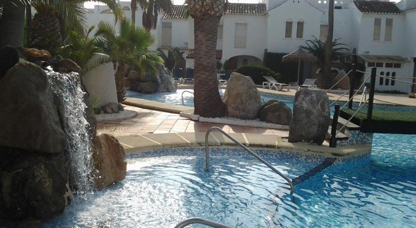 Best Price on Casas Nuestras Roquetas de Mar in Roquetas De Mar + ...