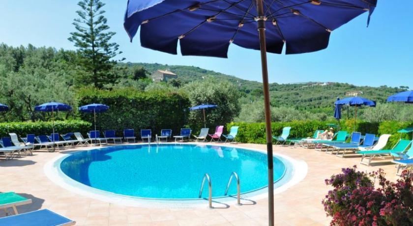 Best price on hotel la badia in sorrento reviews - Hotel in sorrento italy with swimming pool ...