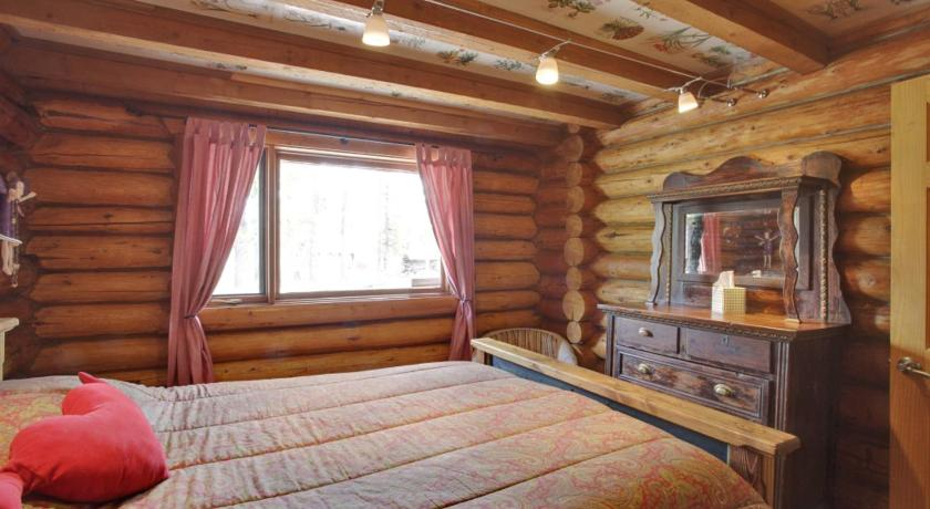 ... Folk Tree Lodge 146212 Hwy 762 Bragg Creek ...