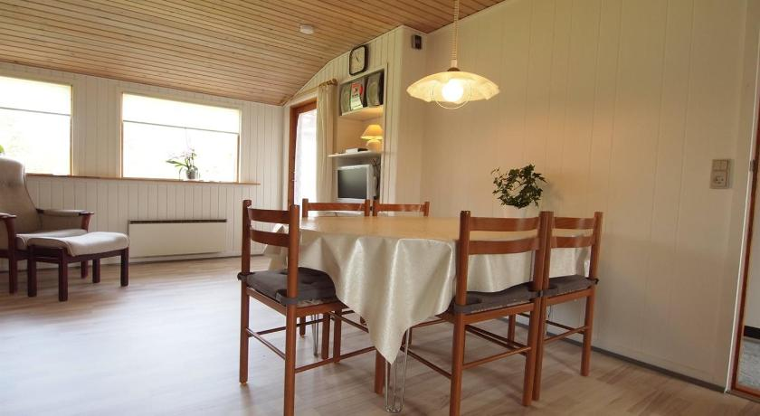 Holiday home Stenkløvervej F- 4466