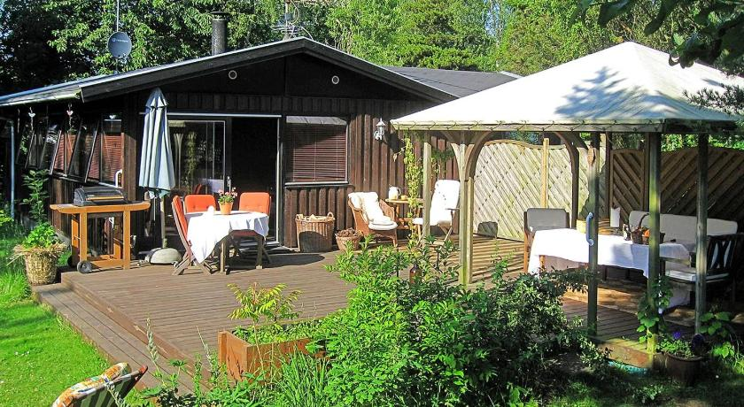 Holiday home Lyshøjvej F- 2834