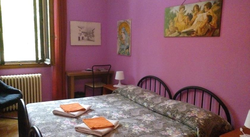 Best Price on Soggiorno Petrarca in Florence + Reviews!