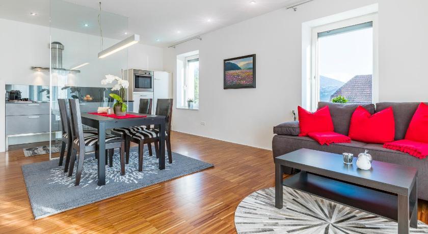 Design apartment mit terrasse schneeburggasse 60 1 innsbruck for Design hotel innsbruck