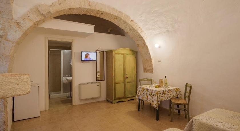 Deluxe Double or Twin Room Masseria Ferri
