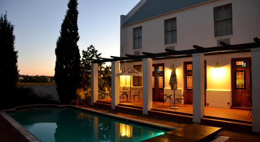 Swimming pool Stellenbosch Lodge Hotel & Conference Centre