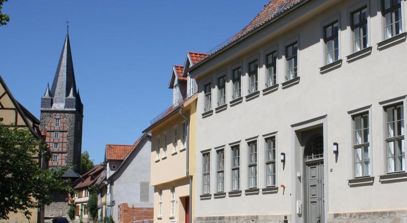 Ferienwohnungen im Palais Salfeldt und der Goldstraße Kornmarkt 6 Quedlinburg