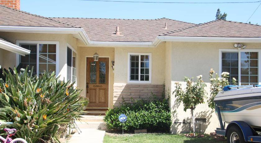 Perfect 3bd House in Tarzana