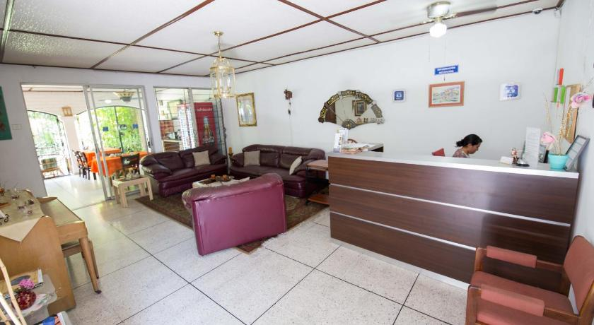 ردهة Suites & Apartments San Benito - Zona Rosa