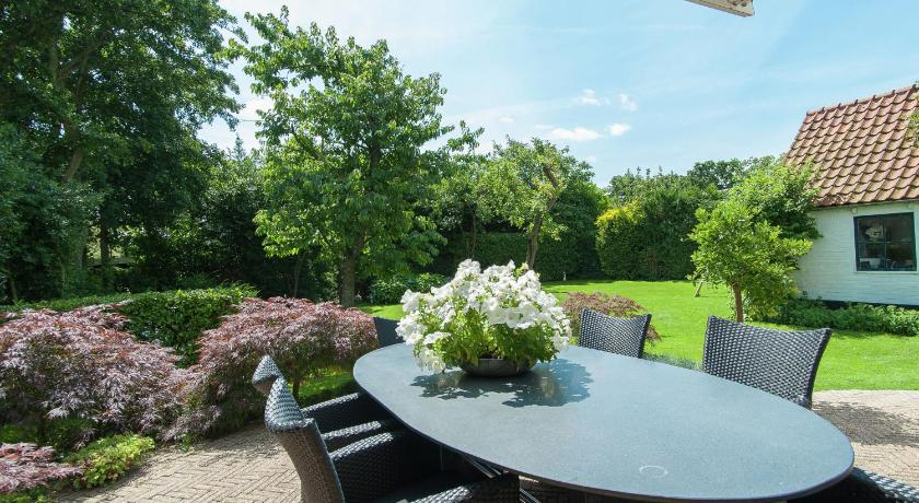 See all 24 photos Holiday home Bergense Rust