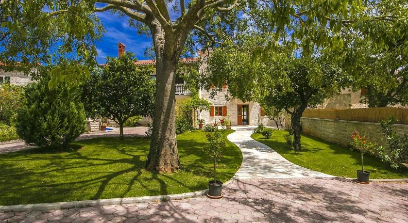 Three-Bedroom Villa - Garden Villa Rosanda