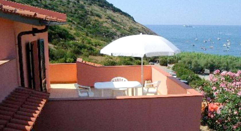 Best Price on Terrazza Sul Mare in Rio Nell\' Elba + Reviews!