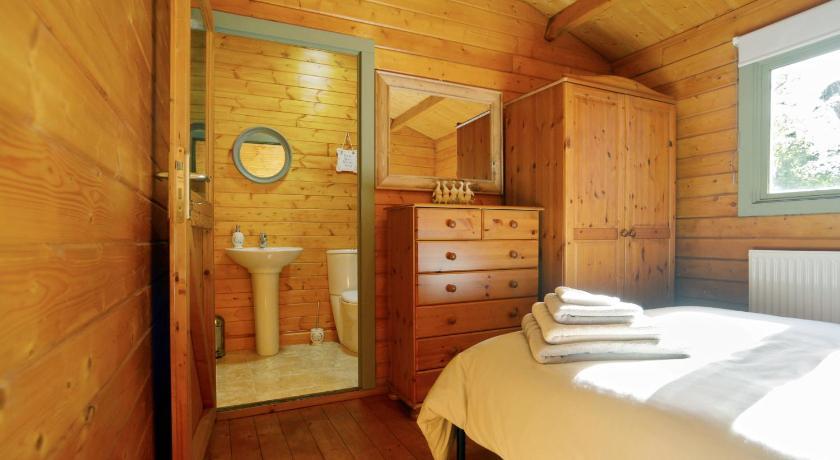 ... Guyhirn Wisbech Log Cabin Sheraton House, High Road, Guyhirn Wisbech ...