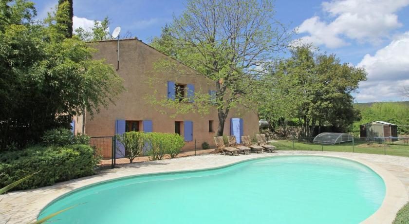 Swimming pool Holiday home Salernes