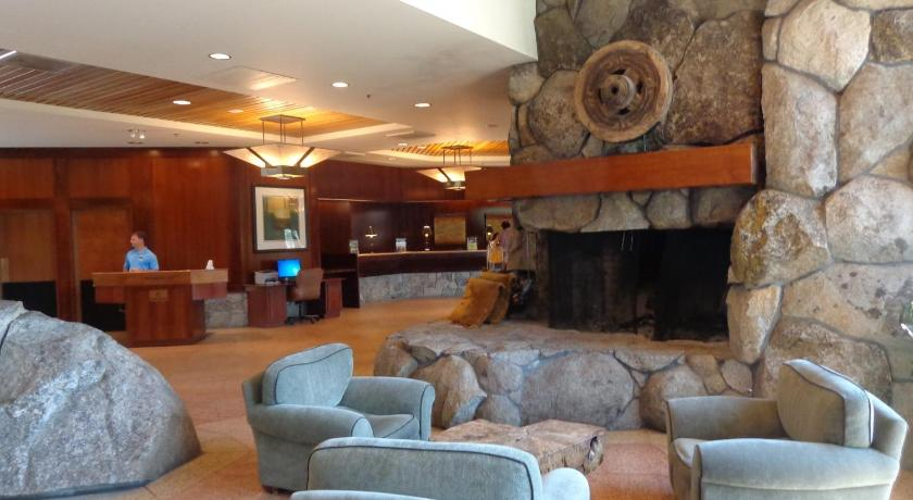Resort at Squaw Creek Hotel Suite