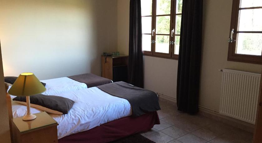 Twin Room - Disability Access - Bed Hotel du Moulin aux Draps
