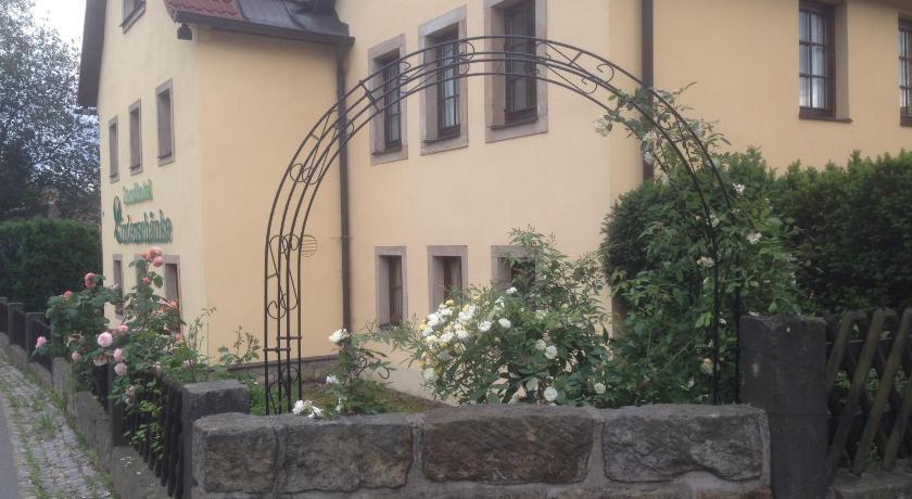 Best Price on Landhotel Lindenschänke in Dresden + Reviews!