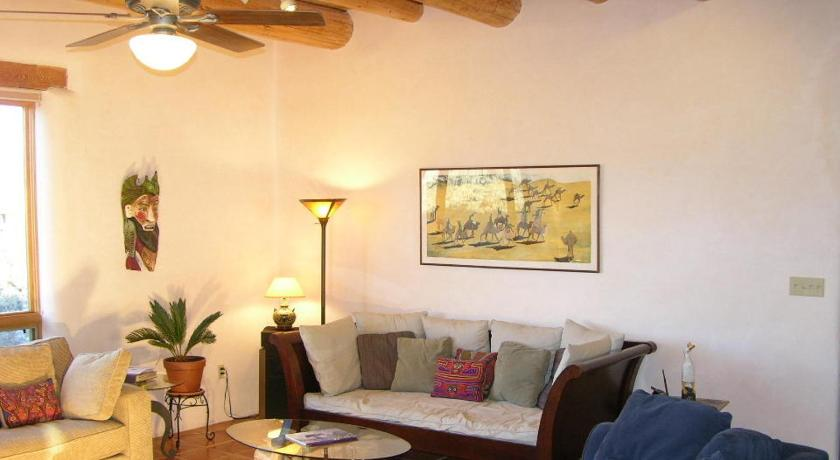 Three-Bedroom House - Separate living room Tierra Madre