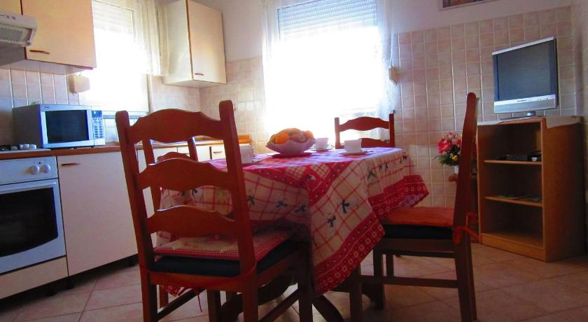 Apartment in Pula/Istrien 11382