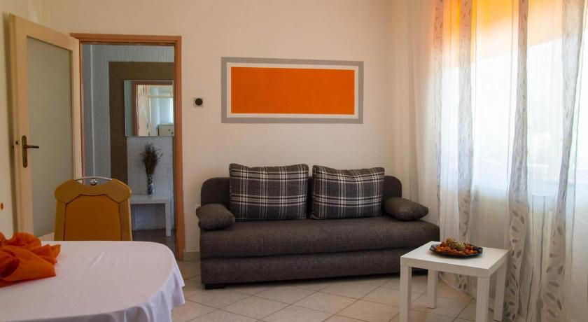 One-Bedroom Apartment - Separate living room Apartment Pula, Istia 13