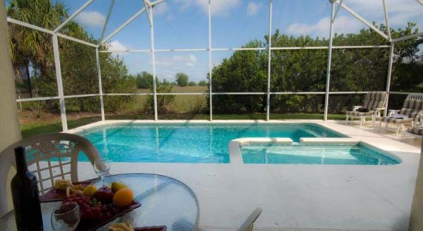 Autumn Creek Pool Villa